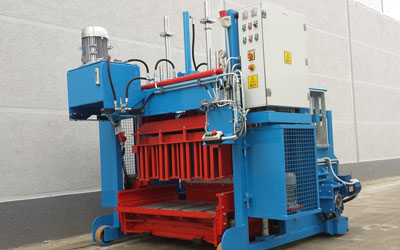 Mobile IB-6 Blocks machine